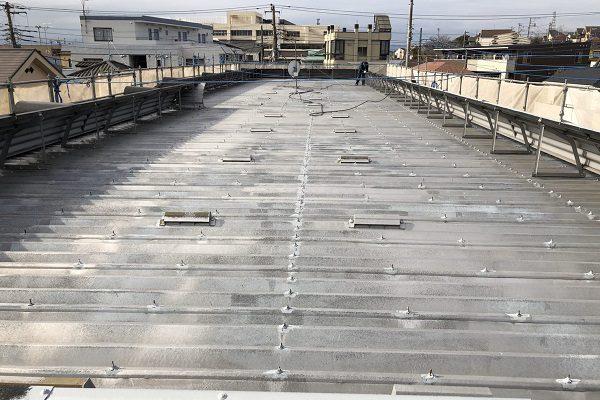 東京都東村山市 外壁塗装 屋根塗装 付帯部塗装 折板屋根 チョーキング現象
