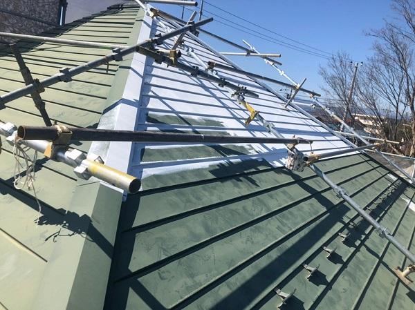 東京都東大和市 屋根塗装 外壁塗装 雨樋塗装 急勾配屋根 遮熱塗料 水谷ペイント 快適サーモSi (2)