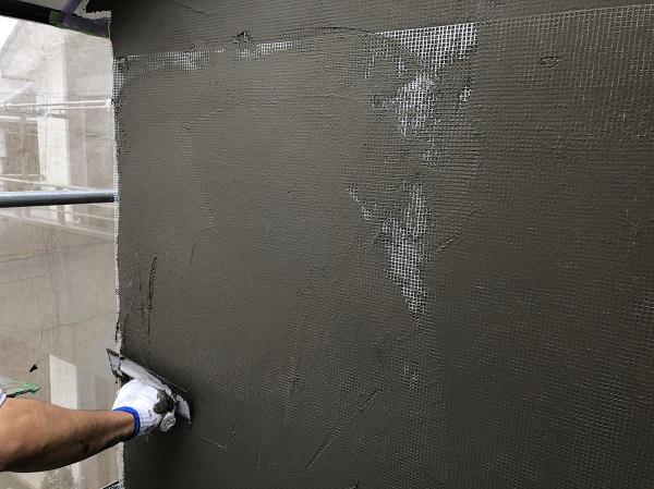 東京都東久留米市 外壁塗装 モルタル外壁 エスケー化研ミラクファンドKC-2000 3度塗り (7)