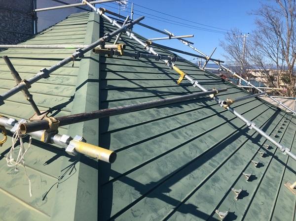 東京都東大和市 屋根塗装 外壁塗装 雨樋塗装 急勾配屋根 遮熱塗料 水谷ペイント 快適サーモSi (3)