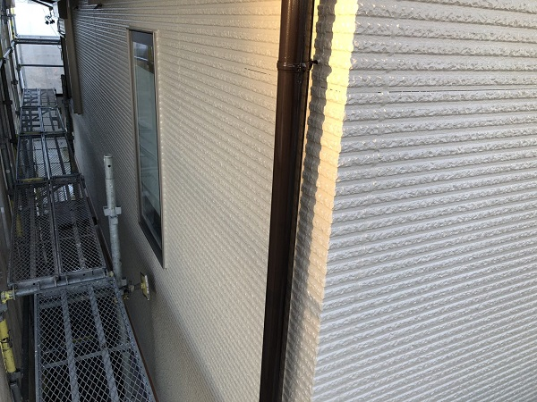 東京都清瀬市 外壁塗装 屋根塗装 シャッターボックス・幕板・雨樋塗装 (9)