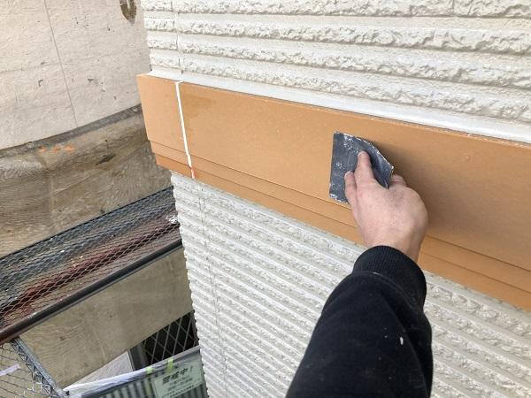 東京都清瀬市 外壁塗装 屋根塗装 シャッターボックス・幕板・雨樋塗装 (5)