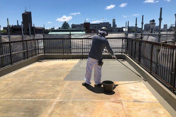 東京都小平市 防水工事 既存ゴムシートの撤去 カチオン系モルタルの塗布