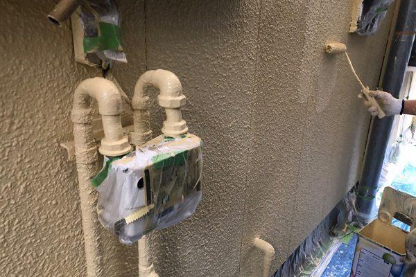東京都東大和市 E様邸 外壁塗装 中塗り・上塗り エスケー化研 水性セラミシリコン (1)
