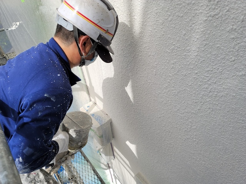 外壁吹き付け塗装の画像
